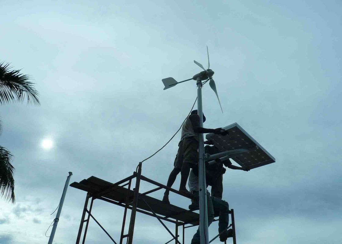 Residential Rooftop Wind Turbine , 600 Watt Windmill Electricity For Home